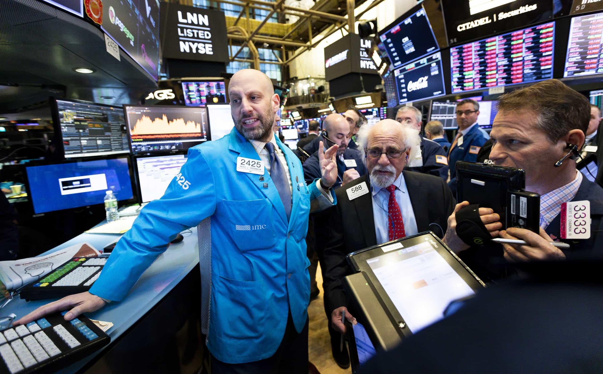 Wall Street fecha em baixa com nervosismo sobre acordo EUA-China