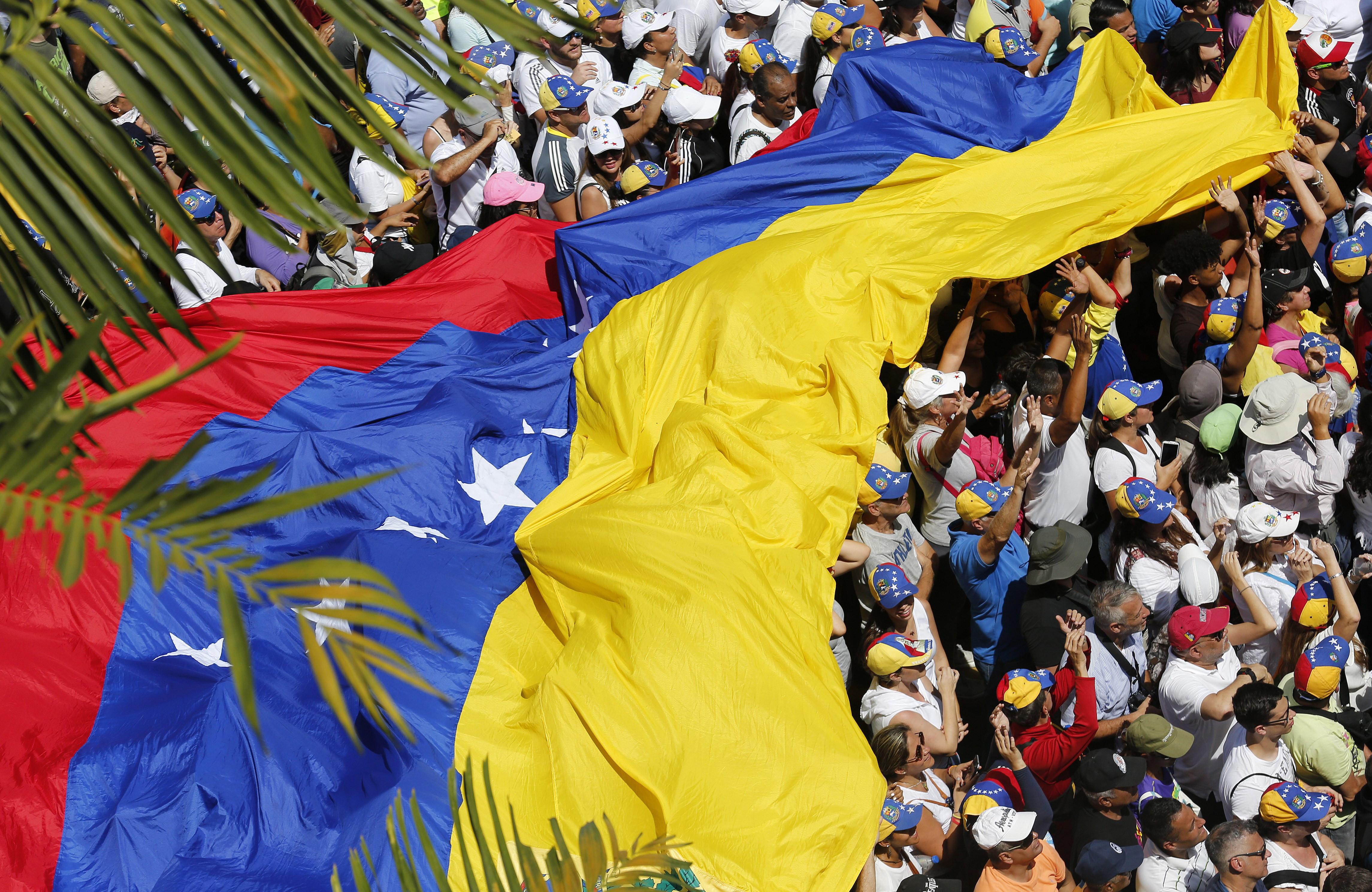 Pedida proteção de ativos do Estado venezuelano em Portugal