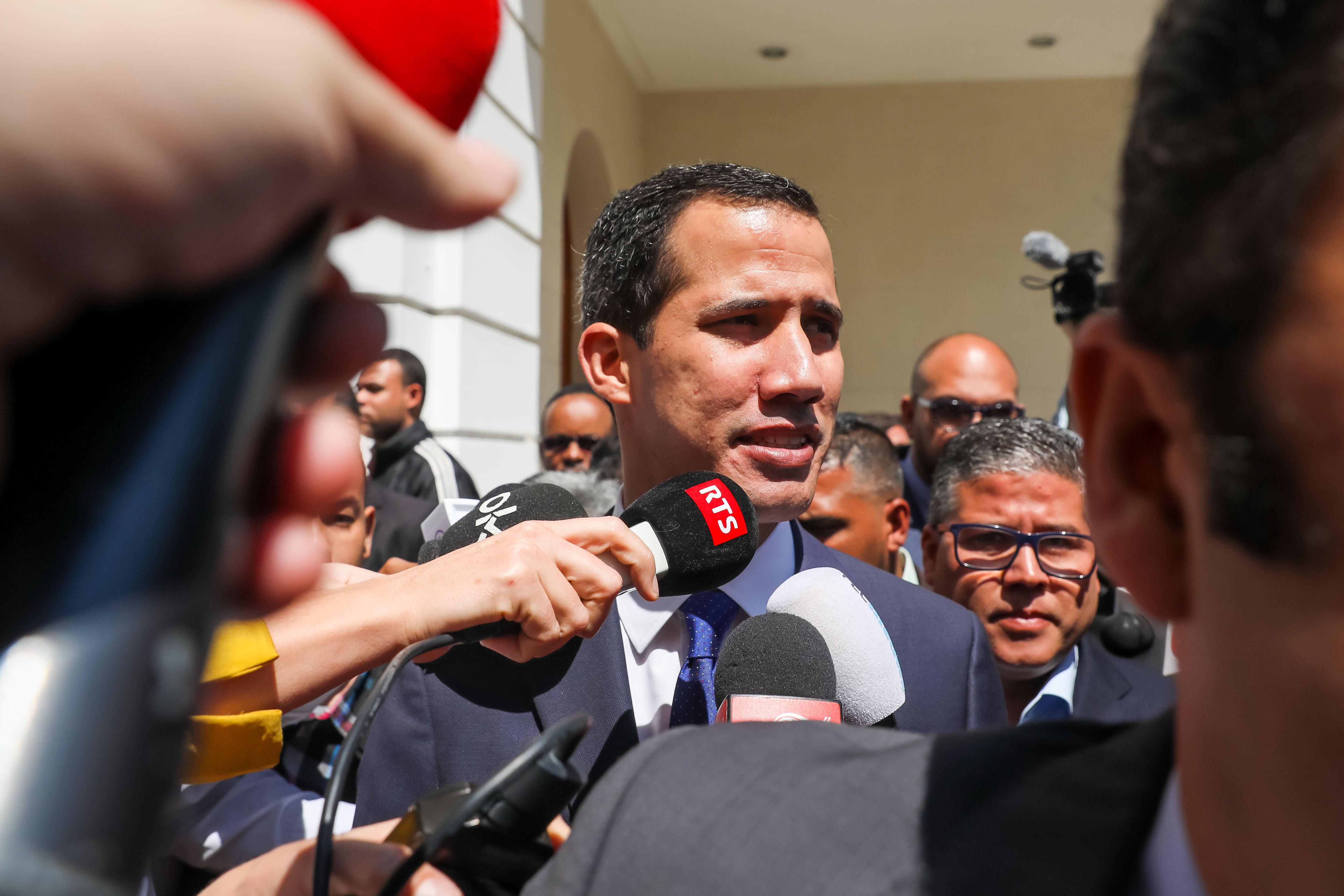 """Presença de """"militares russos na Venezuela viola a Constituição"""""""