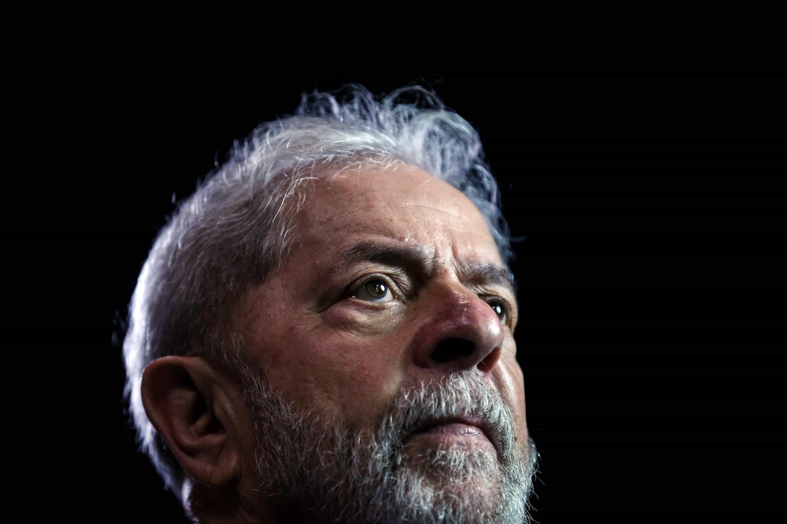 Advogados pedem à justiça que Lula da Silva assista ao enterro do neto