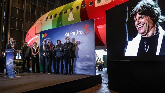 """CEO da TAP enaltece """"atitude"""" de Zé Pedro dos Xutos para deixar mensagem"""