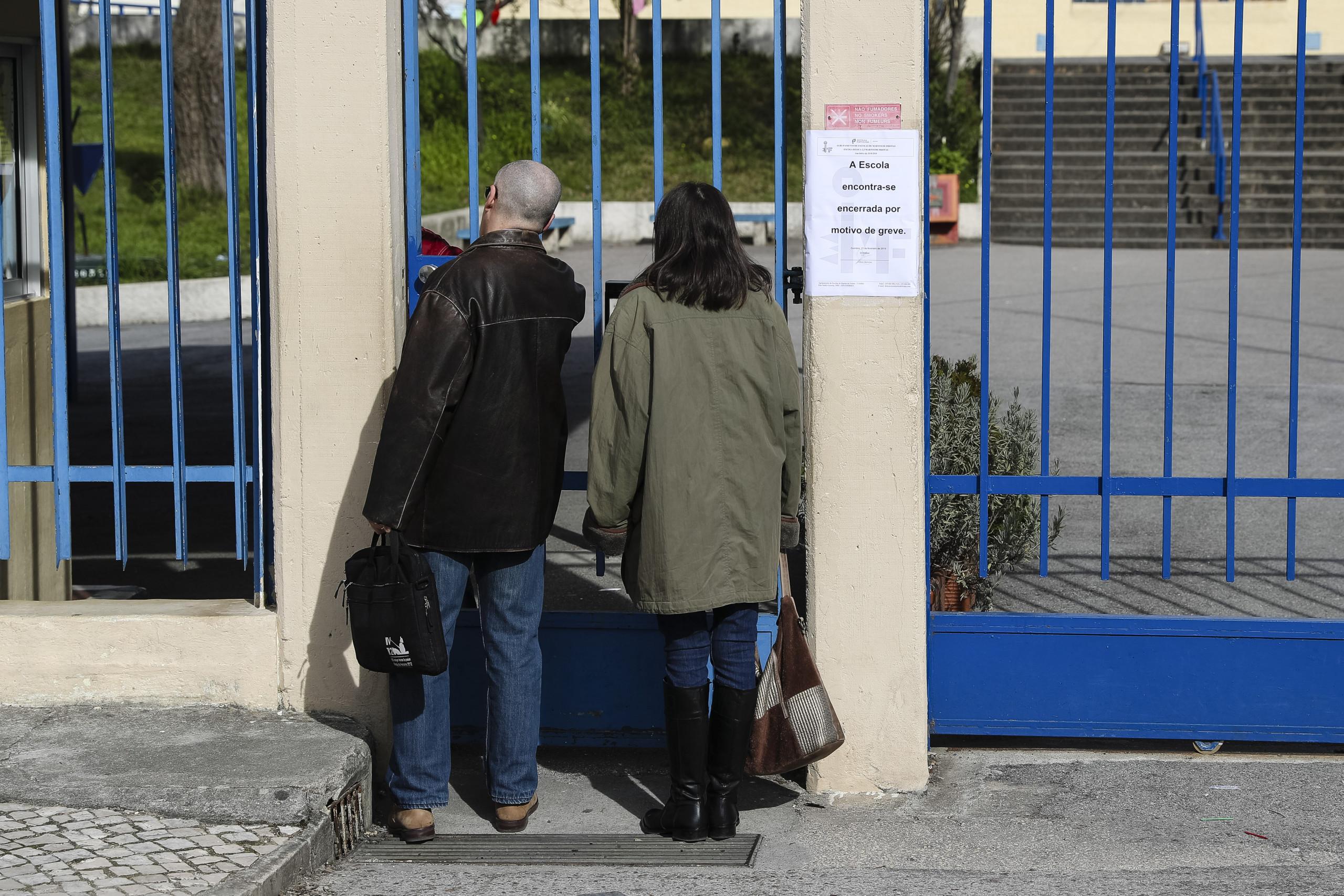 Greve da Função Pública fechou escolas, finanças, tribunais e autarquias