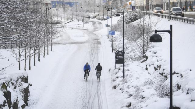 Finlandeses são o povo mais feliz num mundo cada vez mais infeliz