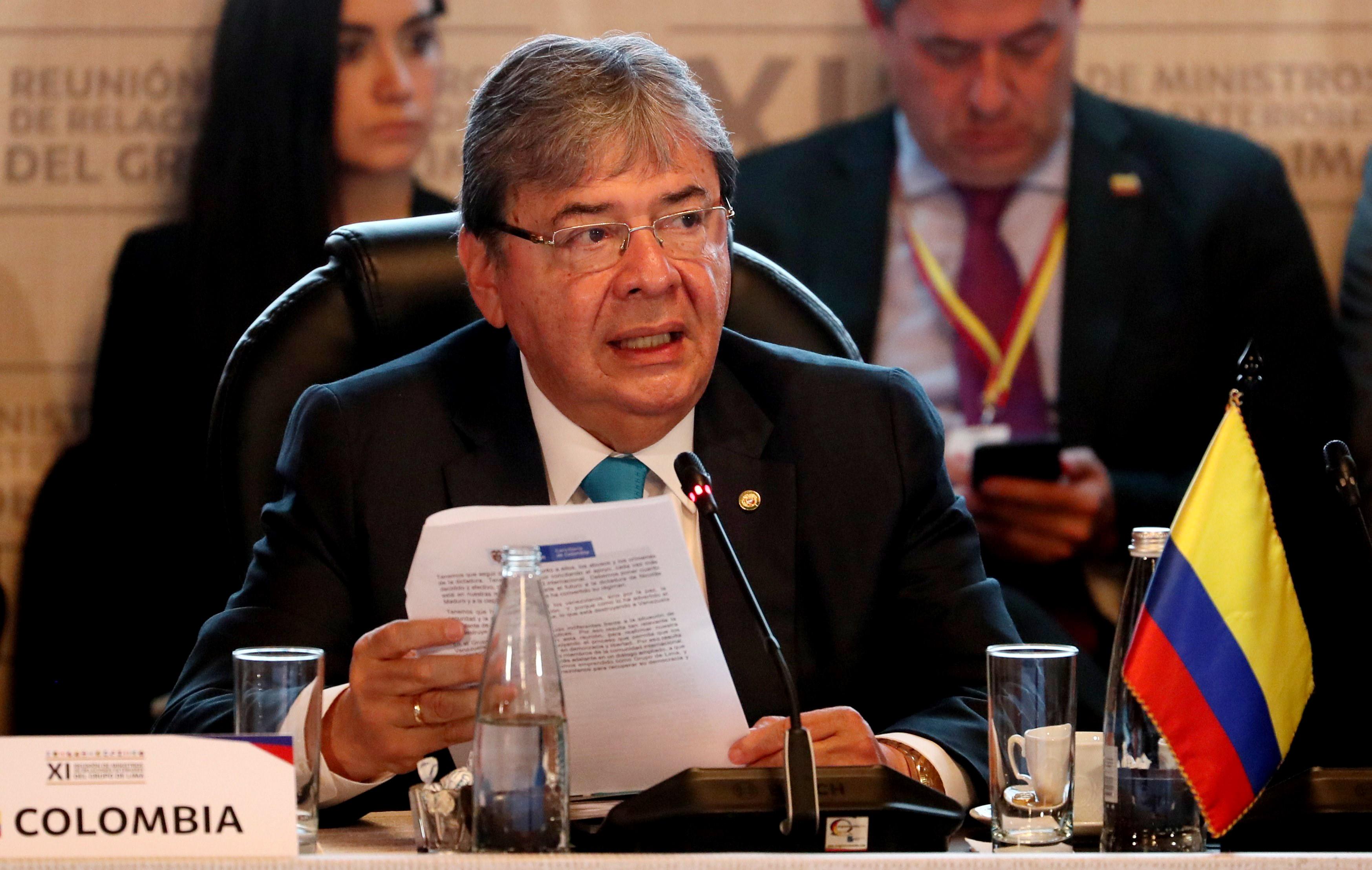 """Colômbia: Chegada de soldados russos à Venezuela é """"incursão militar"""""""