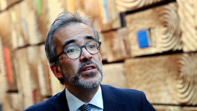 """Rangel acusa Centeno de ter """"duas caras"""" no caso do Novo Banco"""