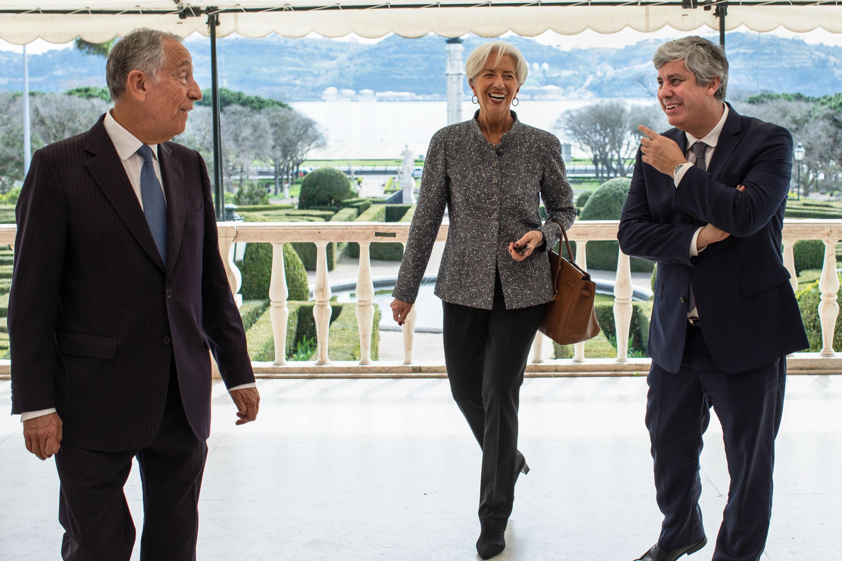 """Lagarde elogia progressos mas """"Portugal deve intensificar esforços"""""""