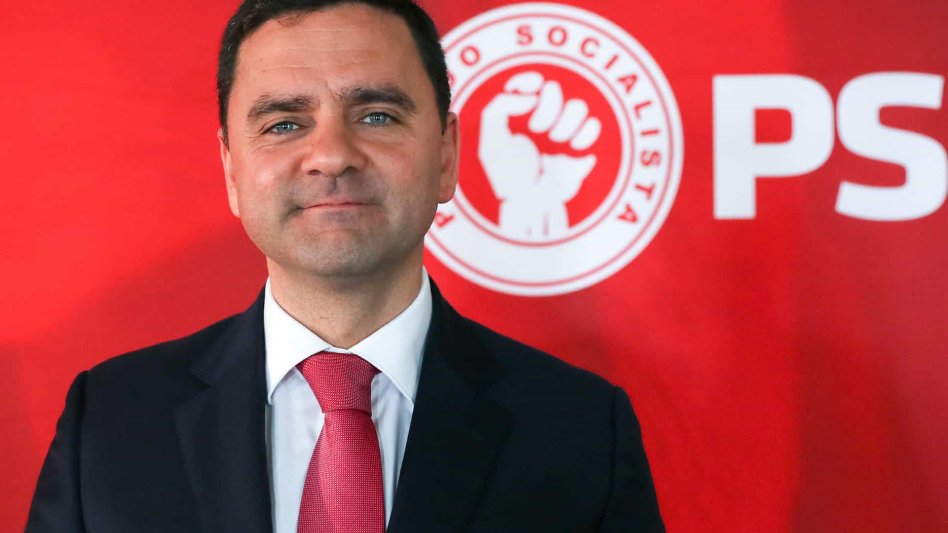 Pedro Marques afirma-se confortável no papel de defensor do Governo
