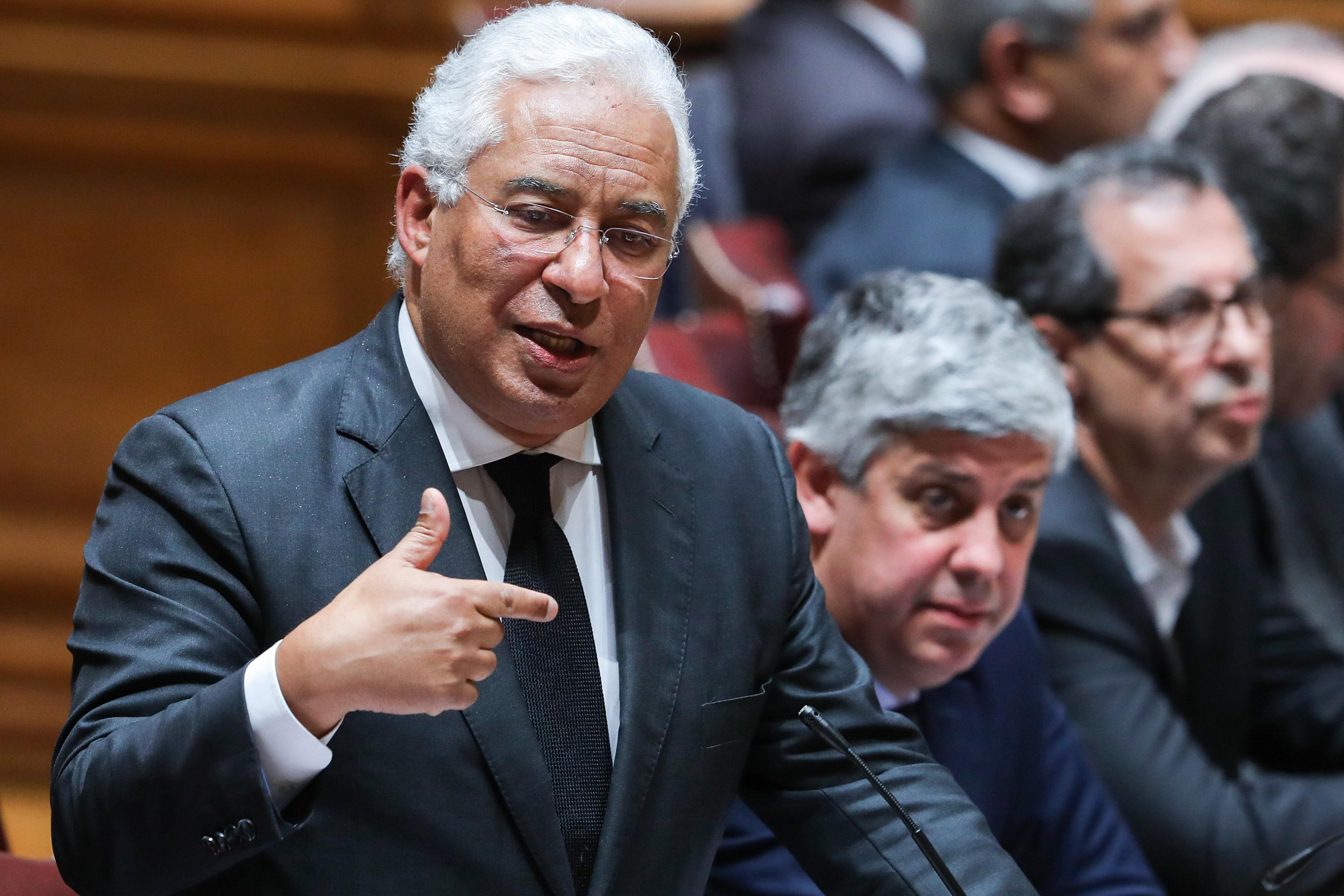 Costa espera que atrasos nas pensões estejam resolvidos até junho
