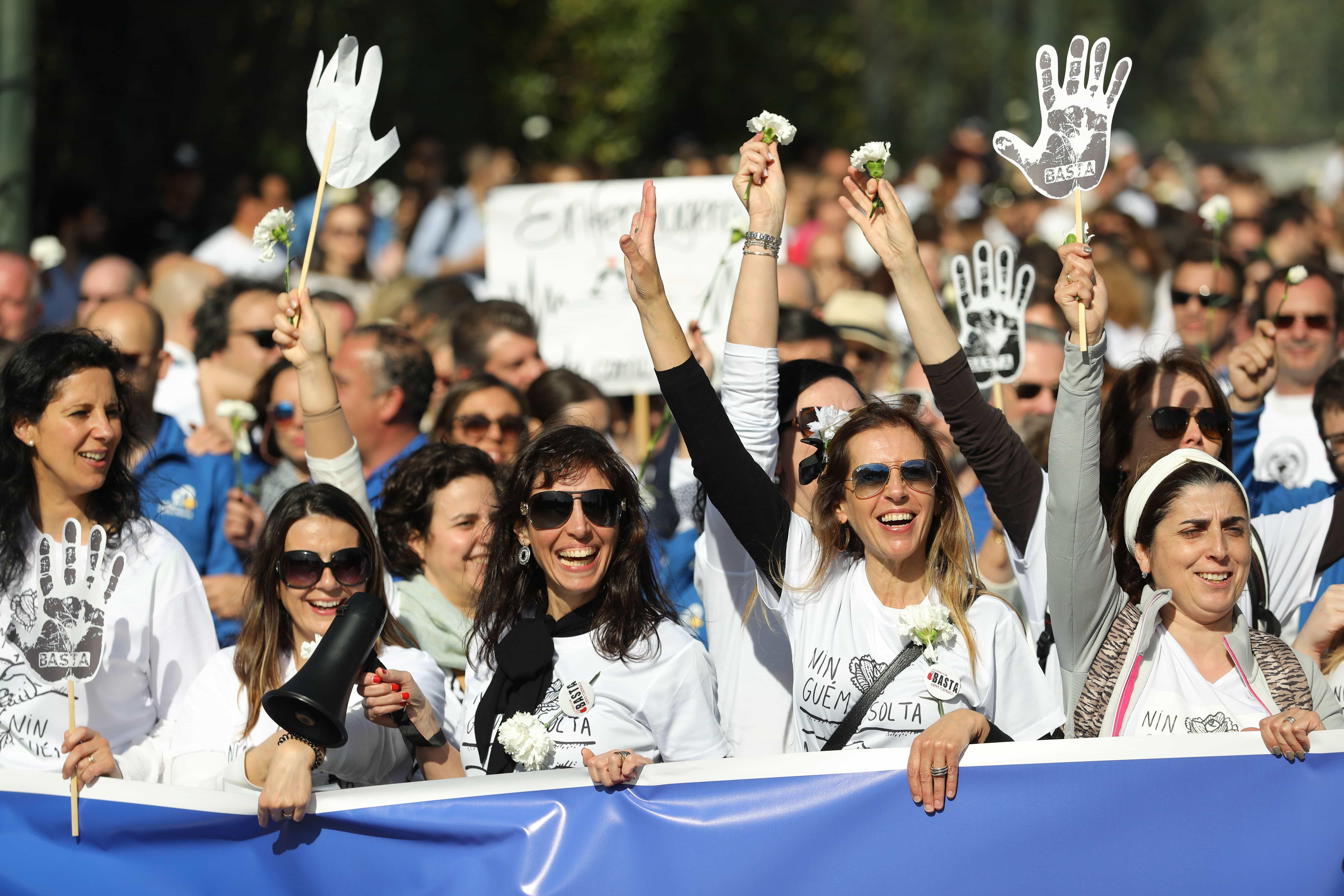 Milhares de enfermeiros na marcha pela enfermagem em Lisboa