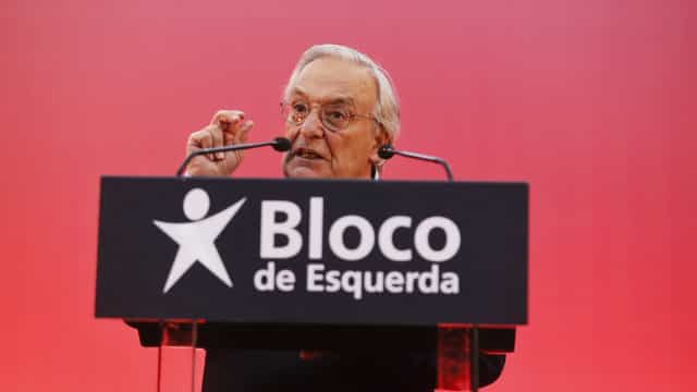 """Fernando Rosas avisa que """"o Bloco veio para ficar e para vencer"""""""
