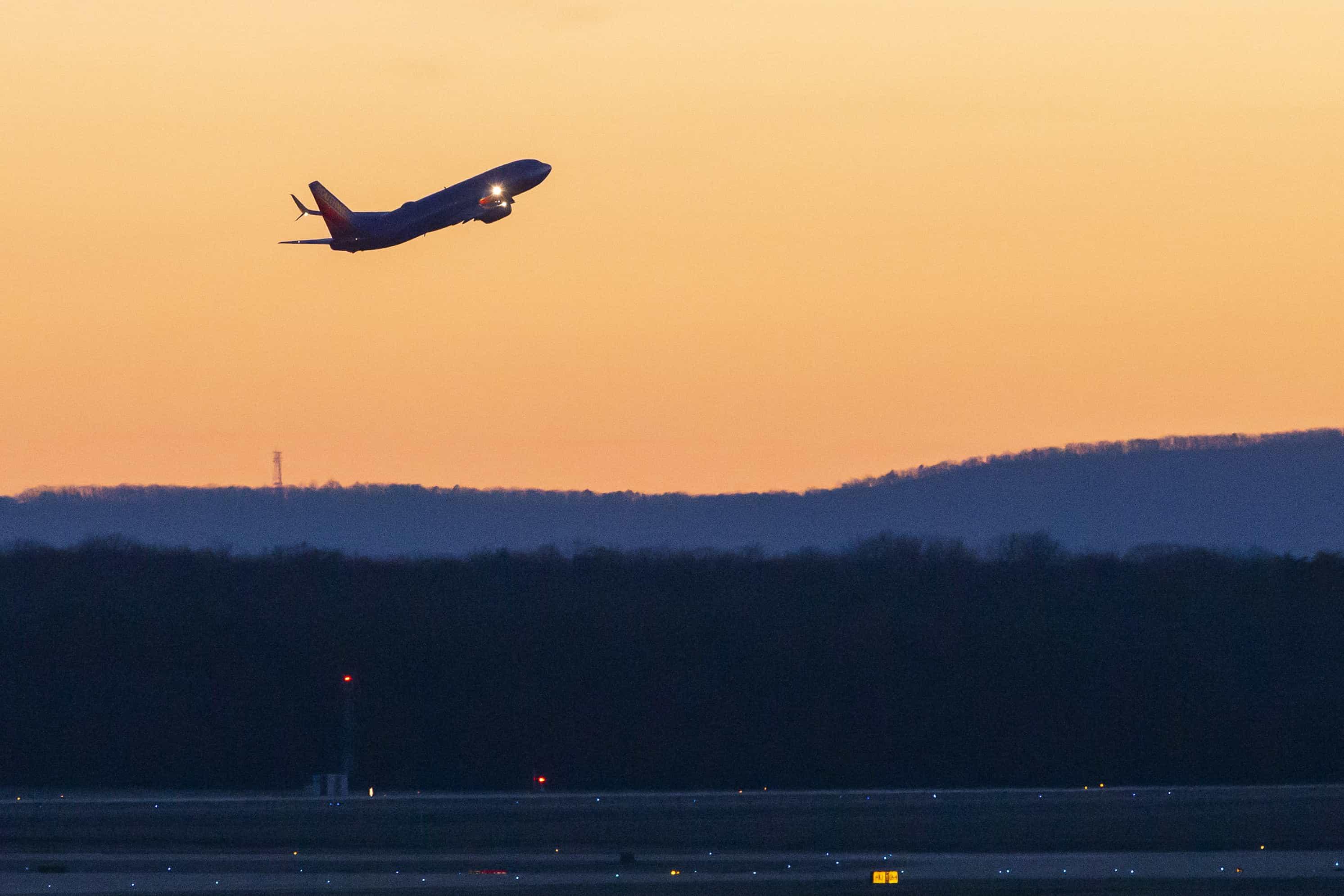 Boeing: Emirados, Malásia, Nova Zelândia e Fiji fecham espaço aéreo