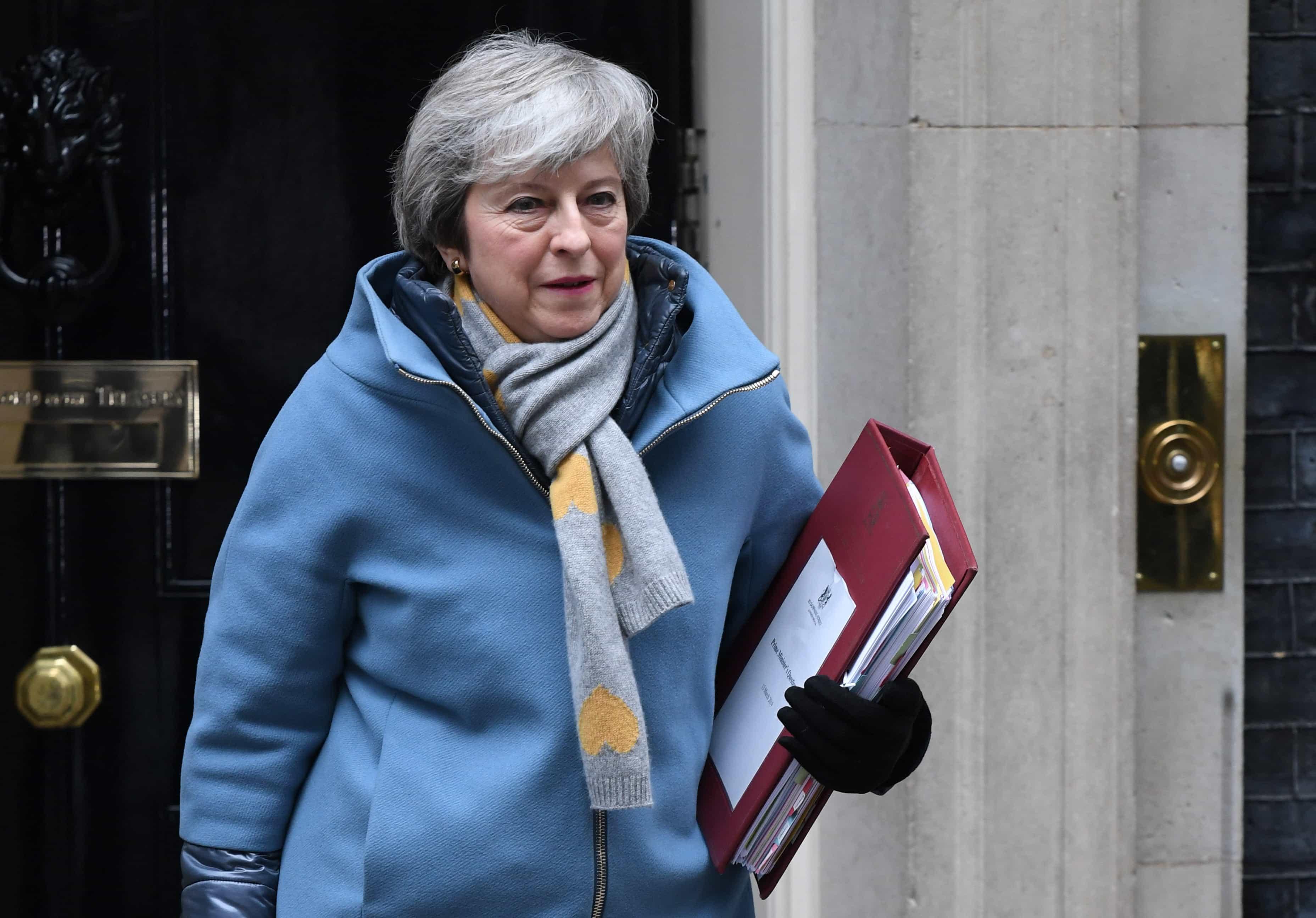 May vai propor nova votação do seu acordo de saída até 20 de março
