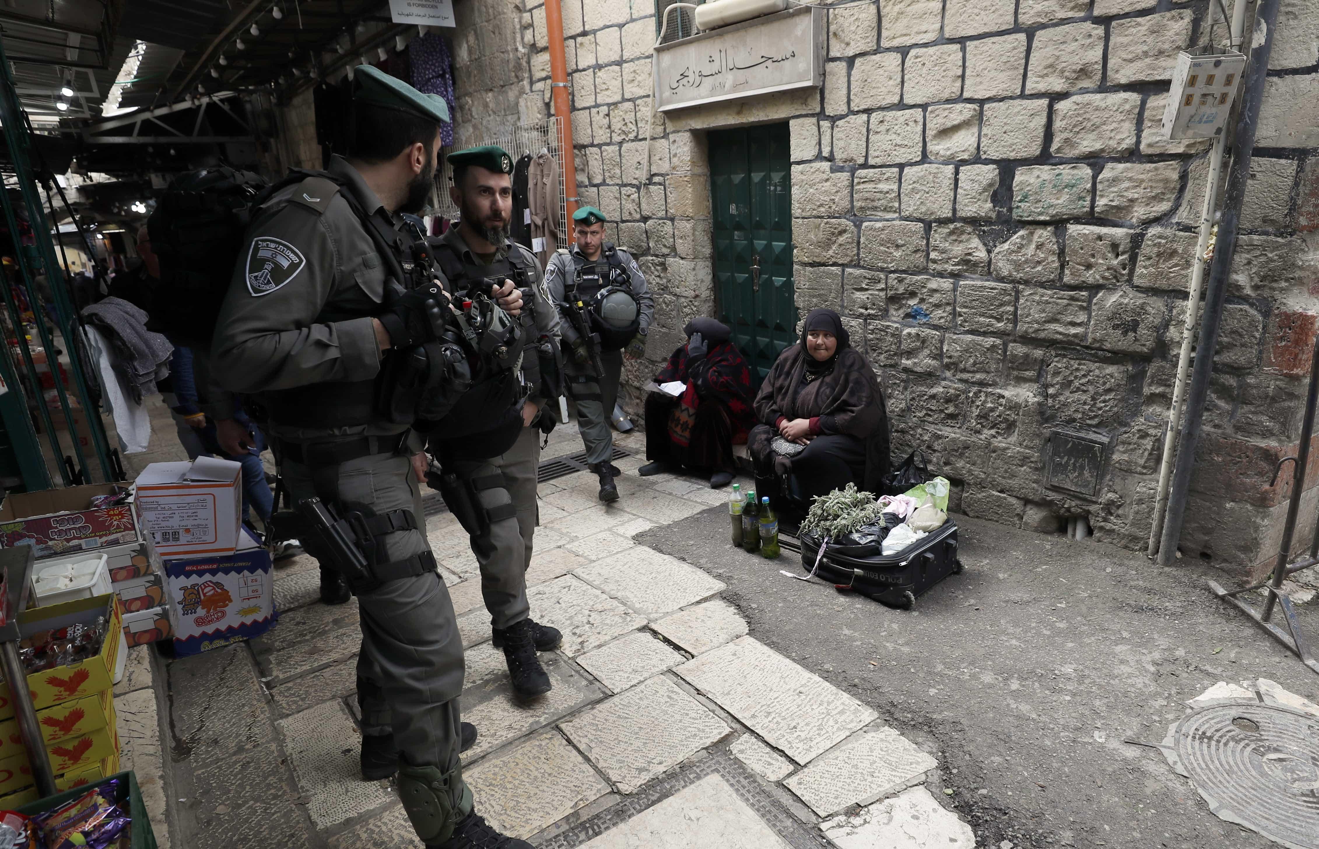 Israel ordena encerramento de edifício muçulmano em Jerusalém