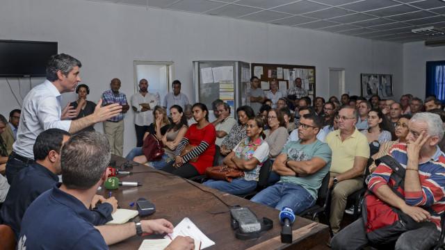 """Portugueses na Beira mostram """"desilusão completa"""" por falta de apoio"""