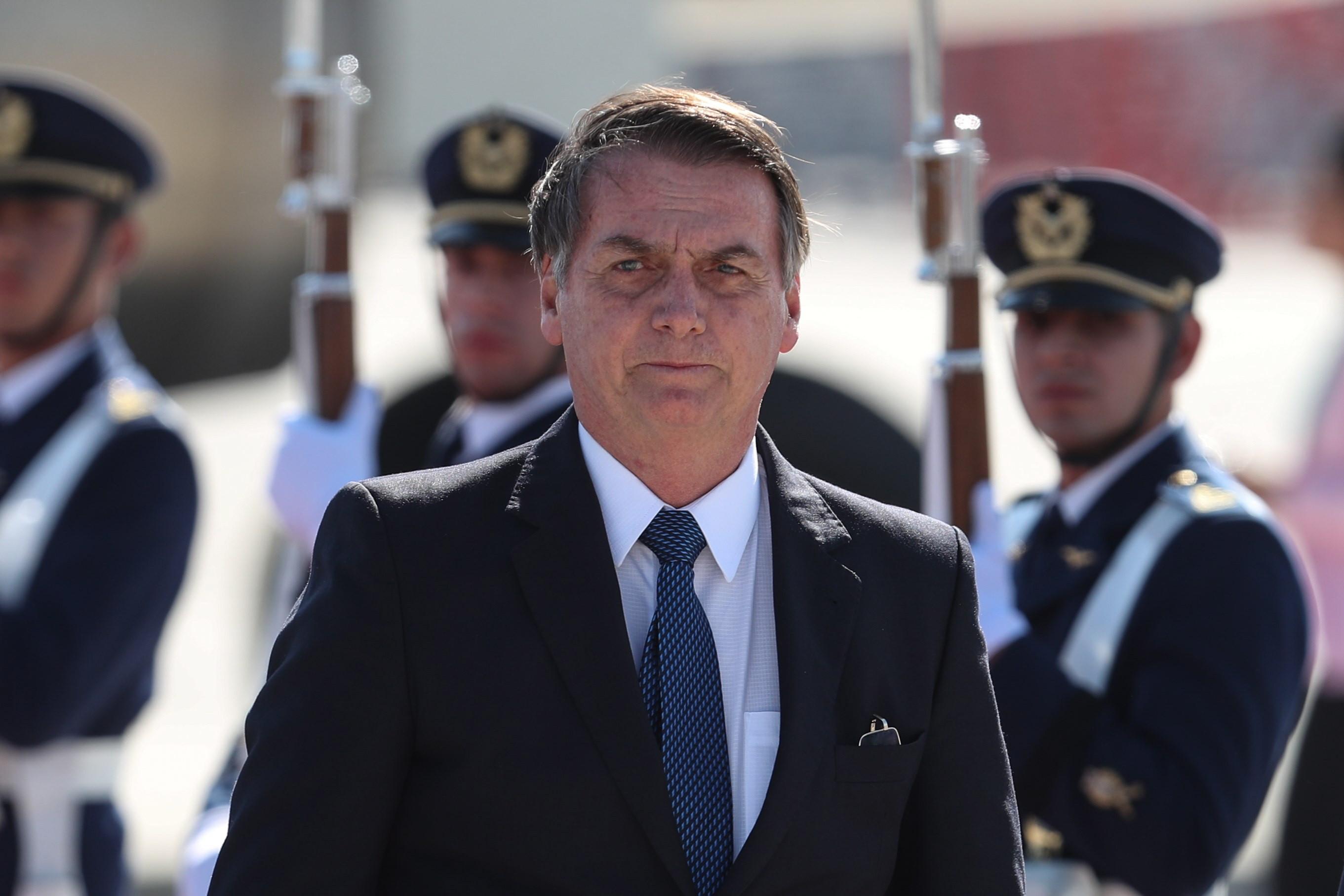 Bolsonaro autoriza comemoração da data que deu início à ditadura militar