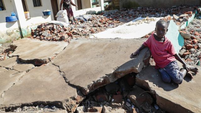 Número de mortos contabilizados por Moçambique sobe para 468