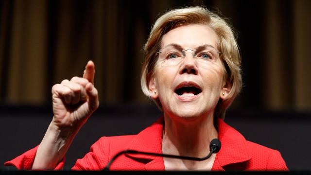 Senadora democrata Elizabeth Warren pede destituição de Trump