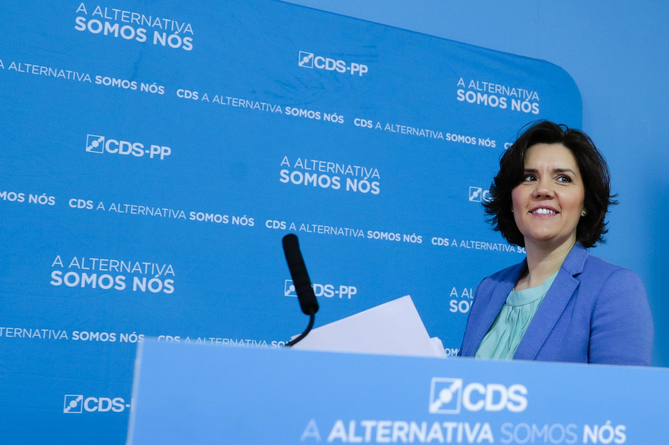 """CDS está """"um passo à frente"""" com aprovação de lista às legislativas"""