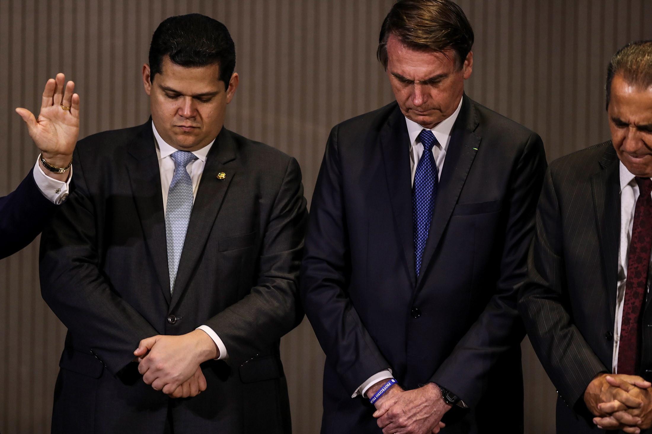 Bolsonaro diz que o Brasil passou a votar na ONU de acordo com a Bíblia