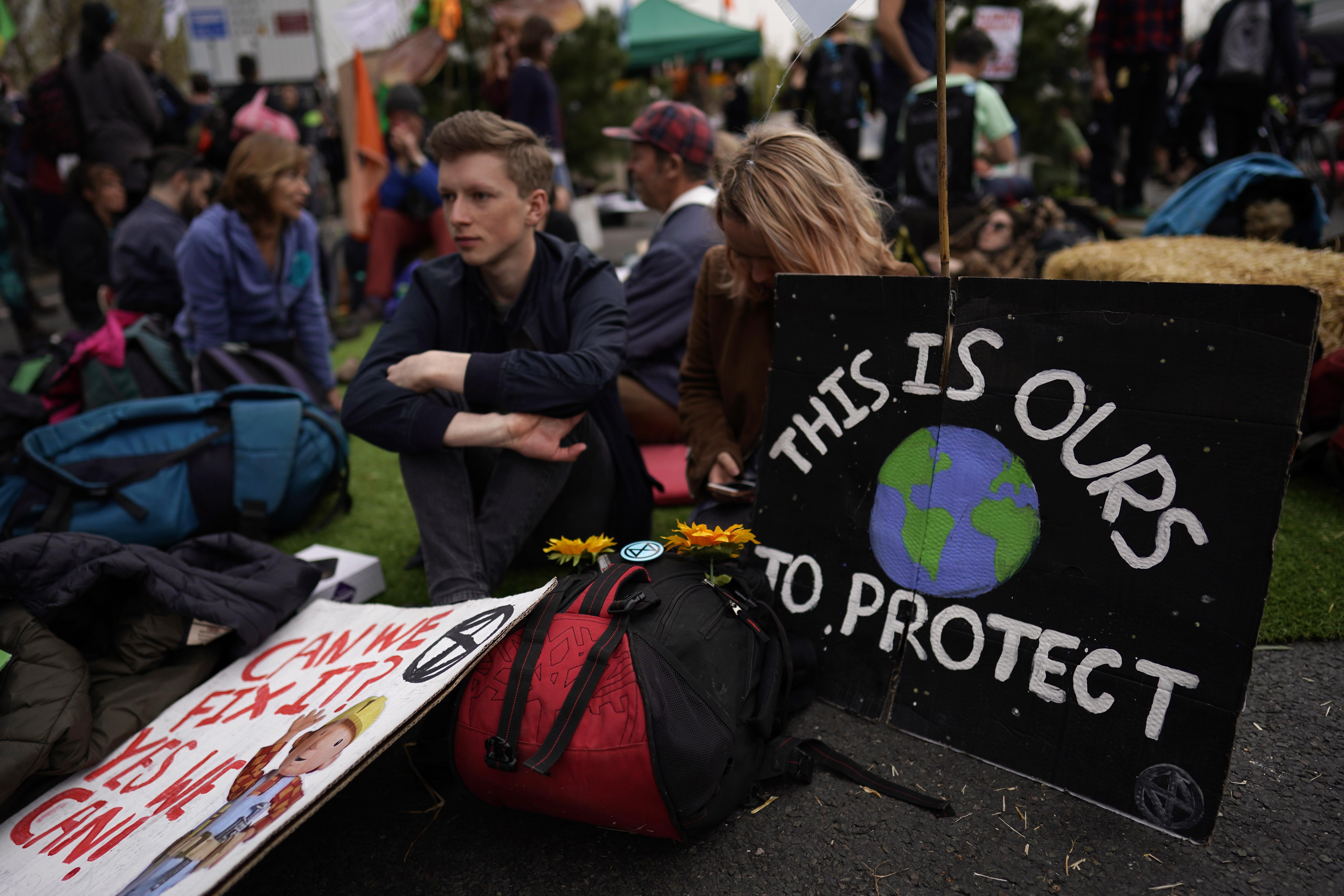 Quase 300 detidos em Londres em protestos contra alterações climáticas
