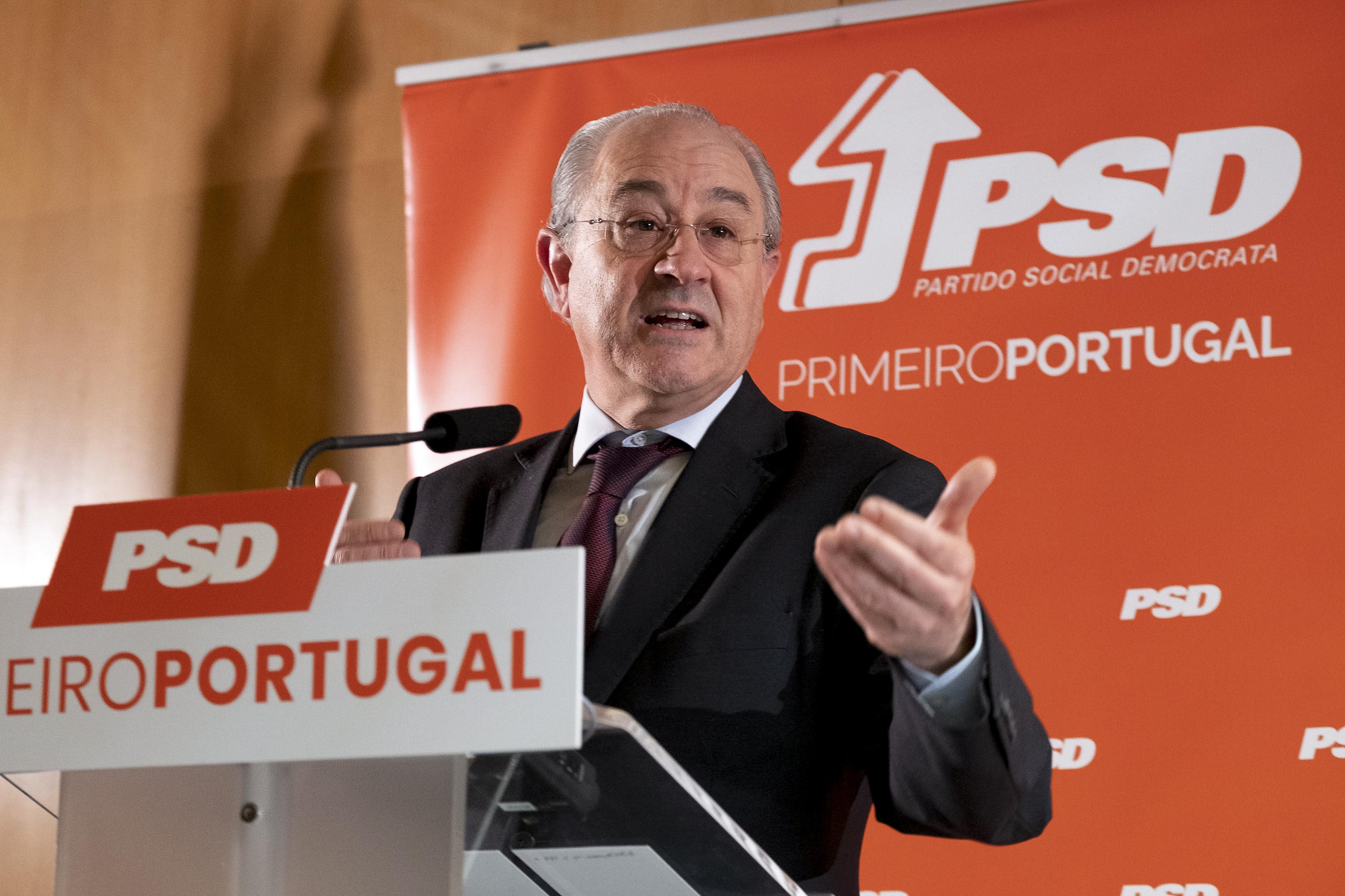 """Salário dos juízes? Rio acusa CDS de """"falta de sentido de Estado"""""""