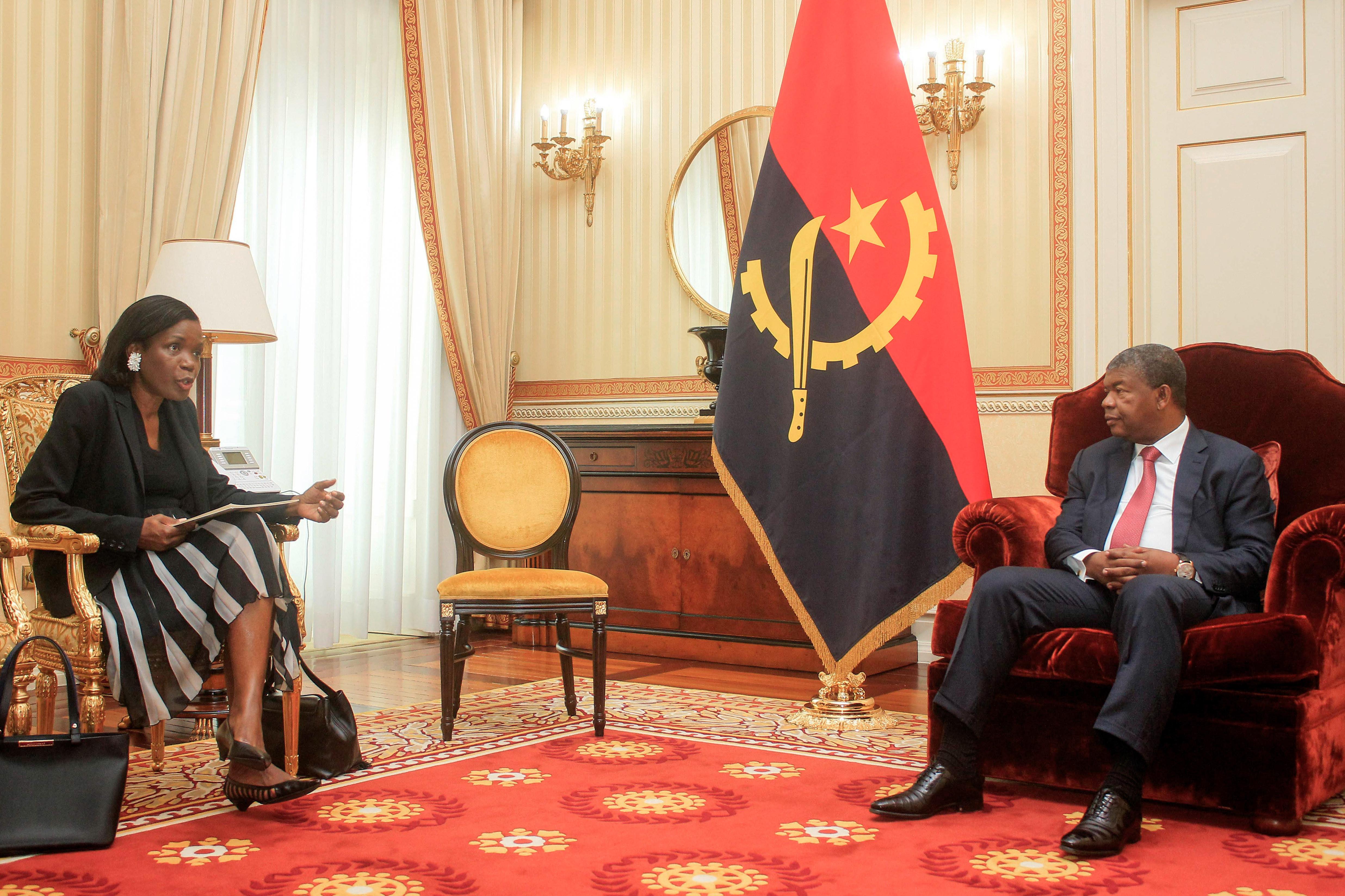 """""""Nem o Presidente angolano nem eu desenterramos casos do passado"""""""