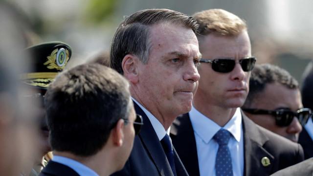 Bolsonaro diz que sem poupança nas pensões Brasil entrará em colapso