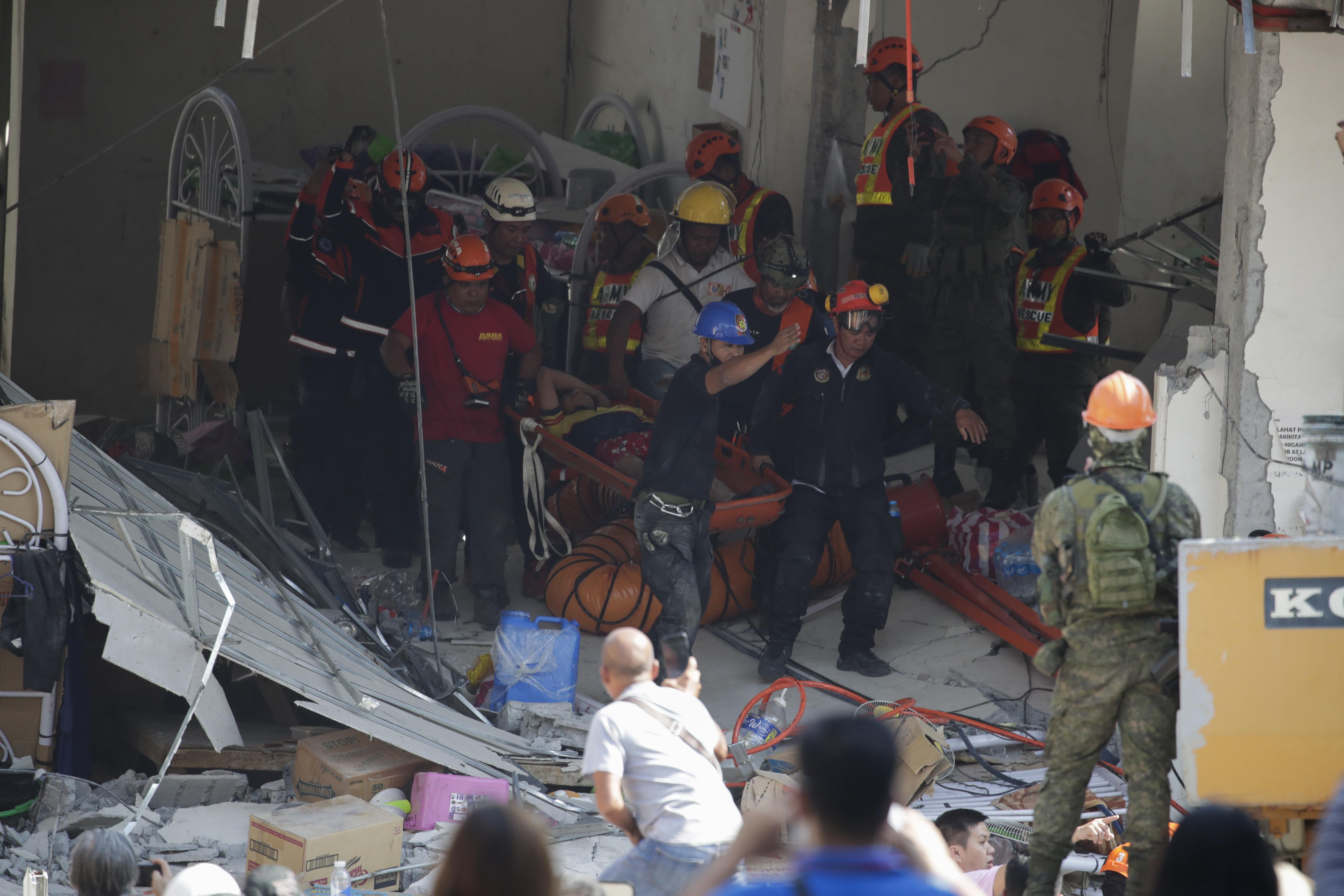 Novo sismo atinge Filipinas, um dia após terramoto causar 11 mortos