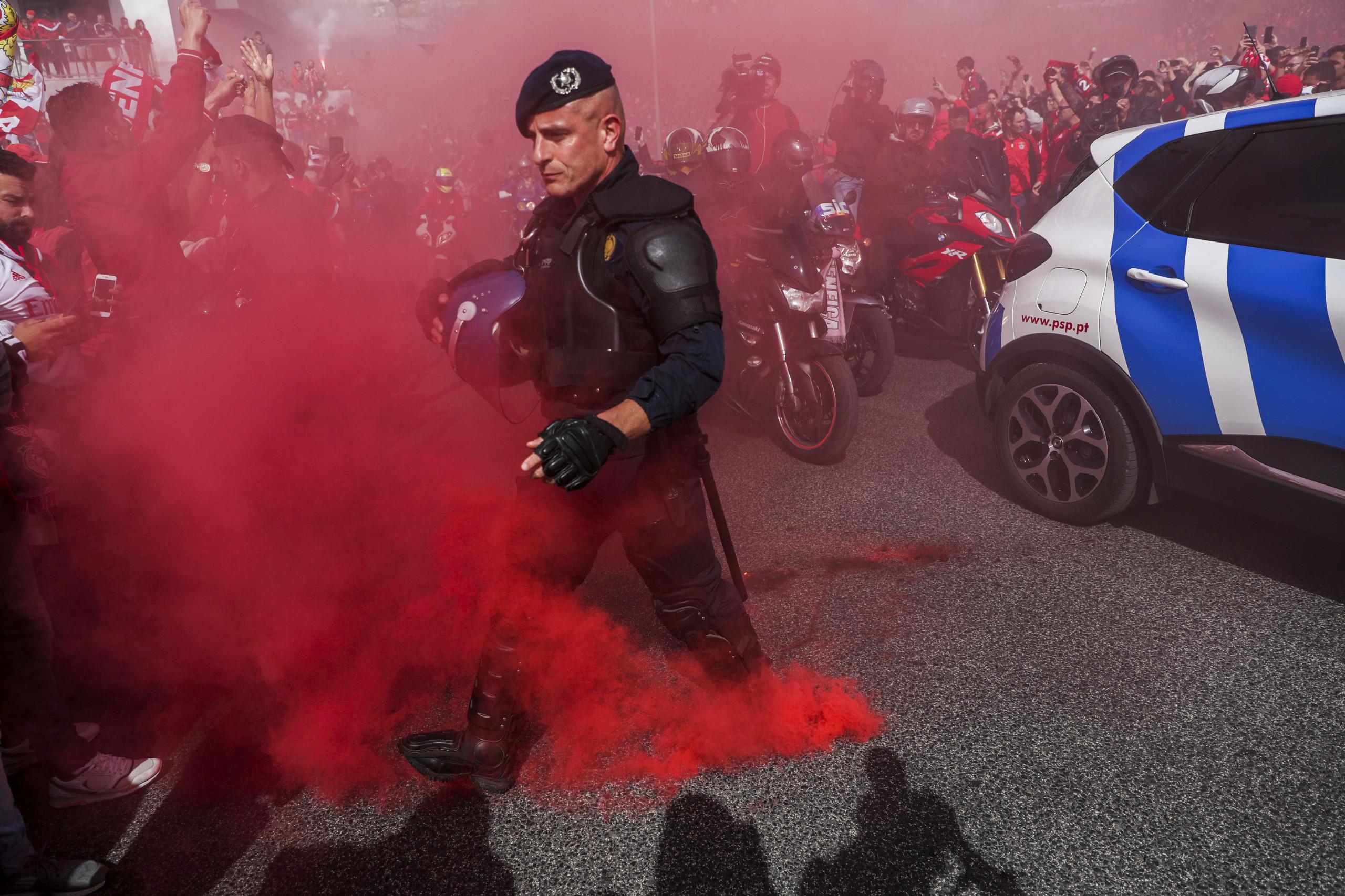 Pelo menos 20 pessoas detidas no jogo e festejos junto ao estádio da Luz