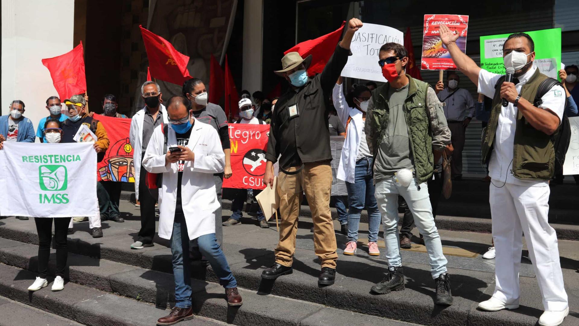 Covid-19: México regista 741 mortos e mais de 5 mil infetados em 24 horas