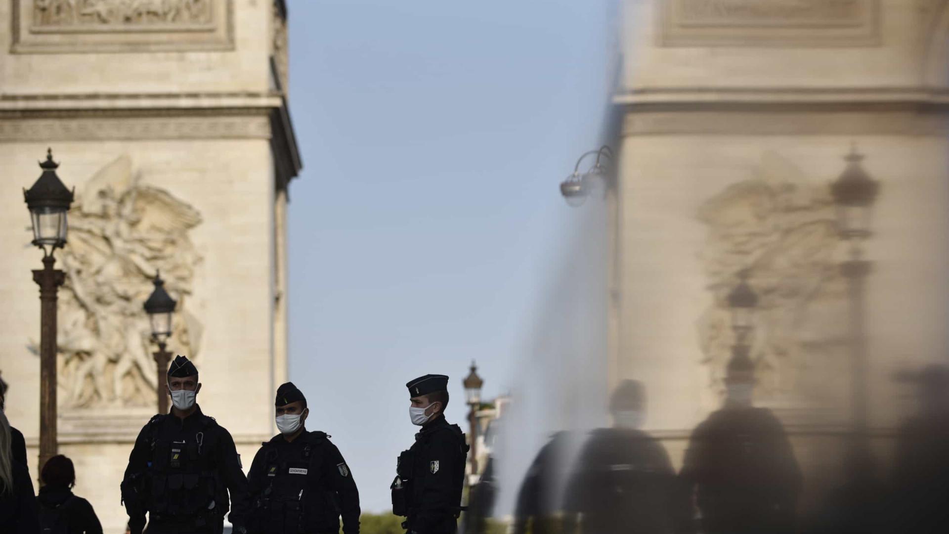 Ser polícia é uma das profissões mais difíceis em França