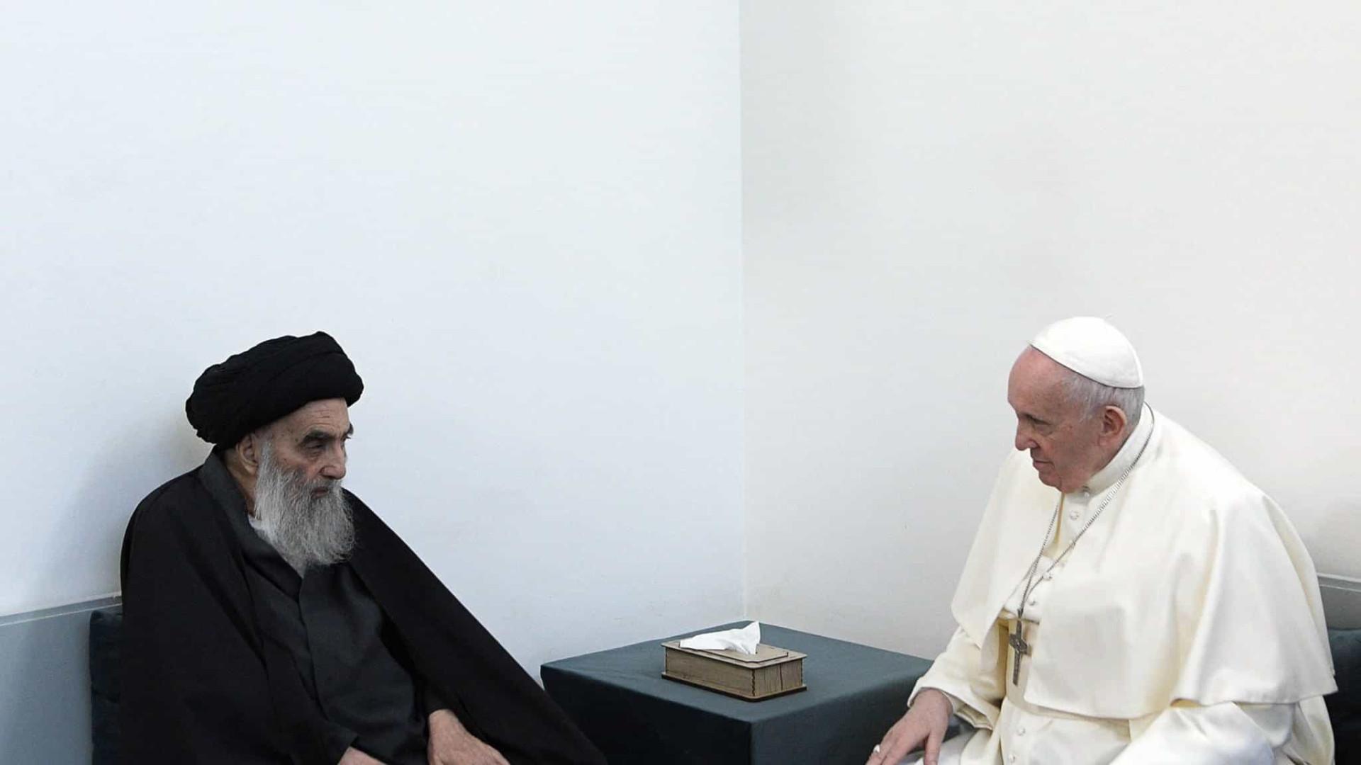 Cristãos no Iraque deveriam viver em paz, disse al-Sistani ao Papa