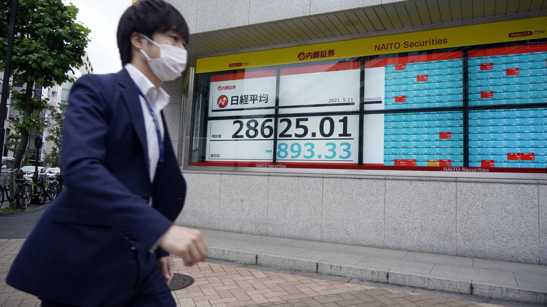 Bolsa de Tóquio abre a perder 0,78%