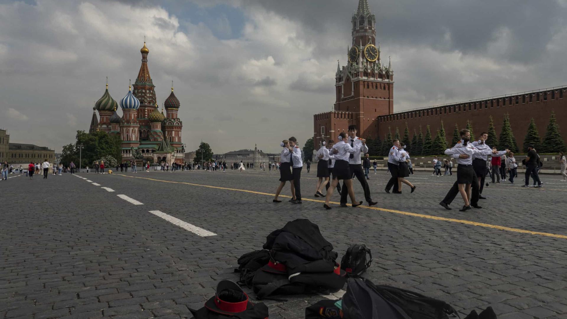 Moscovo determina novas  restrições para travar aumento de infeções