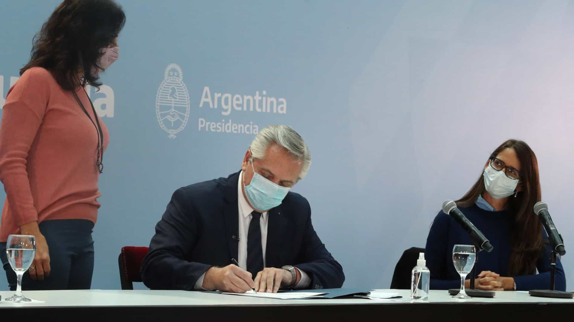 PR da Argentina cancela viagens para impedir que vice assuma Governo