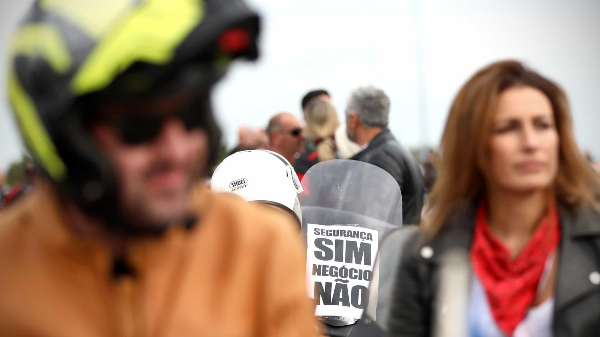 Cerca de 3 mil motociclistas protestam no Porto contra inspeções