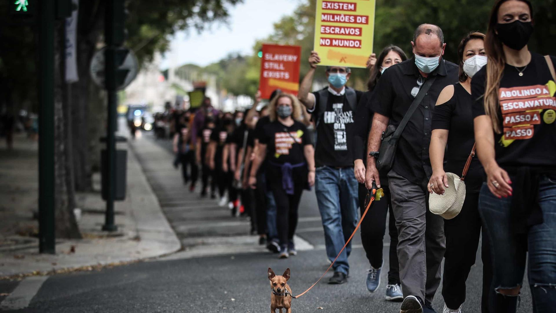 Lisboa. Cerca de 300 pessoas caminham em silêncio contra tráfico humano