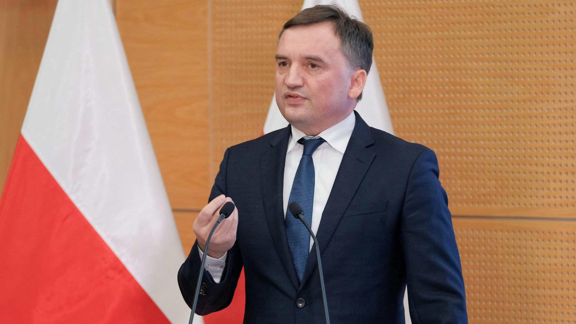 Ministro da Justiça polaco diz que país não deve pagar multa europeia