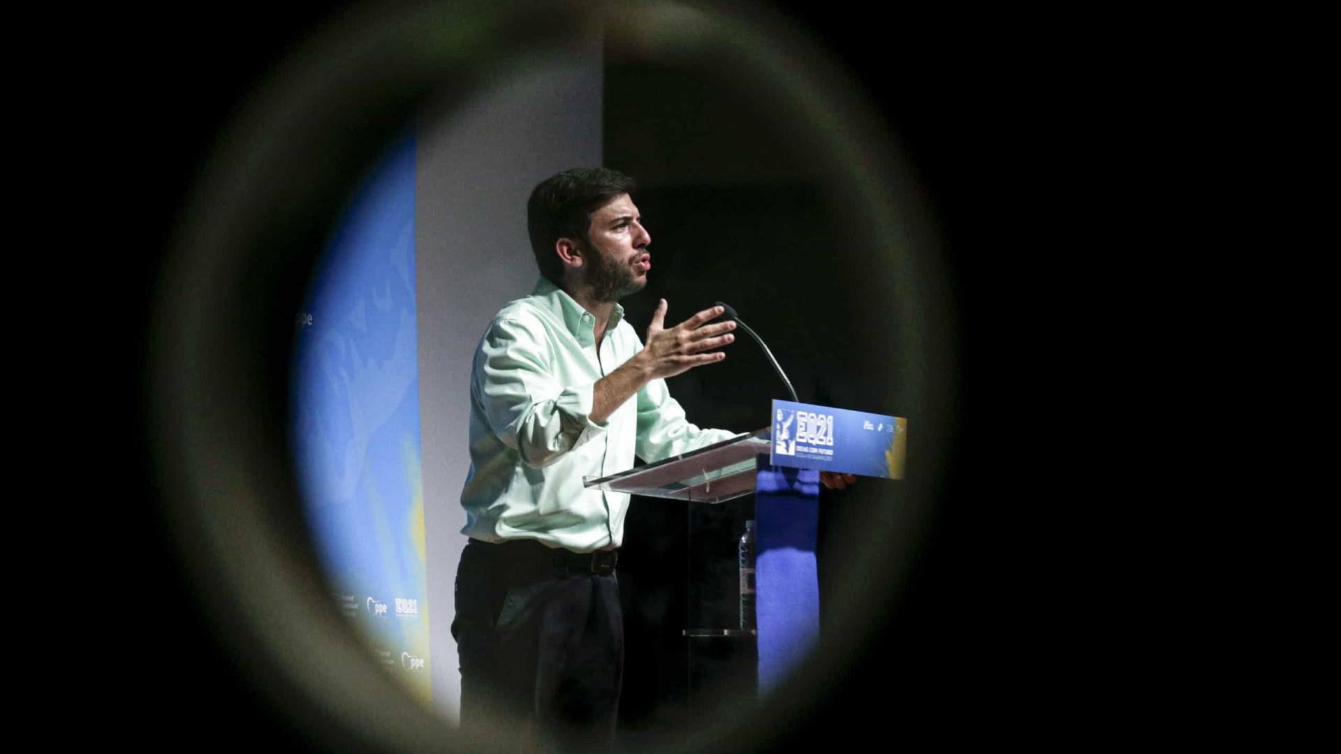 Líder do CDS convoca Conselho Nacional para decidir sobre congresso