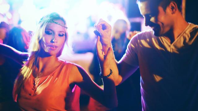 Fever organiza festa 'Samba no Rio' a bordo da Caravela Príncipe Perfeito