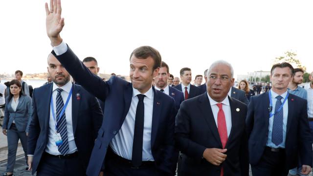 """Costa e Macron realçam importância de """"coligação de progresso"""""""