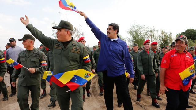 Maduro desafia oposição para eleições legislativas antecipadas