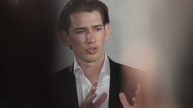 Chanceler austríaco enfrenta na segunda-feira uma moção de censura