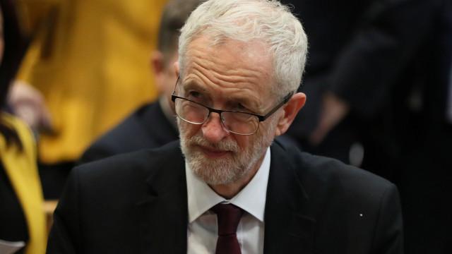 Corbyn diz que não apoiará nova proposta de acordo de May