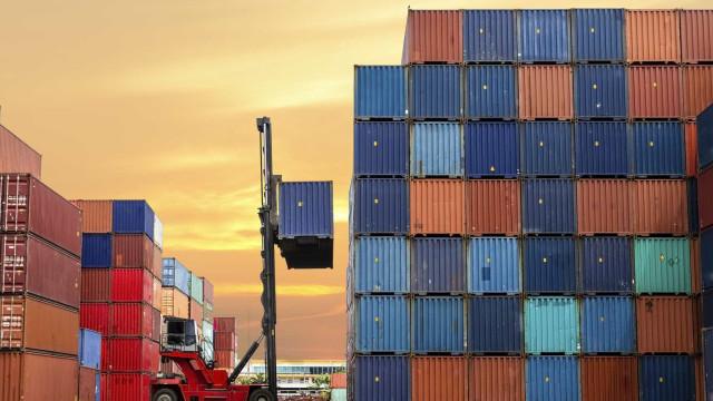 Presidente promulga diploma da descentralização nas áreas portuárias