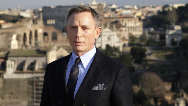 Daniel Craig vai ser operado após sofrer lesão nas gravações de '007'