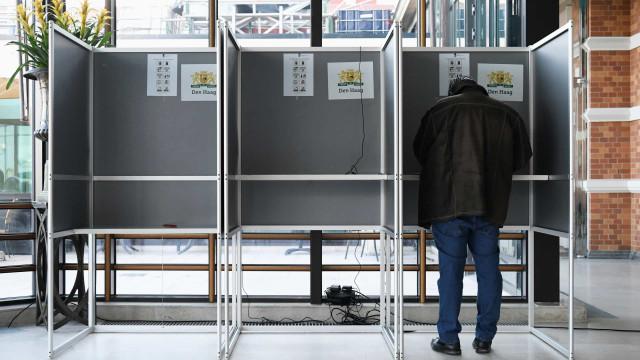 Europeias: Holanda e Reino Unido já começaram a votar