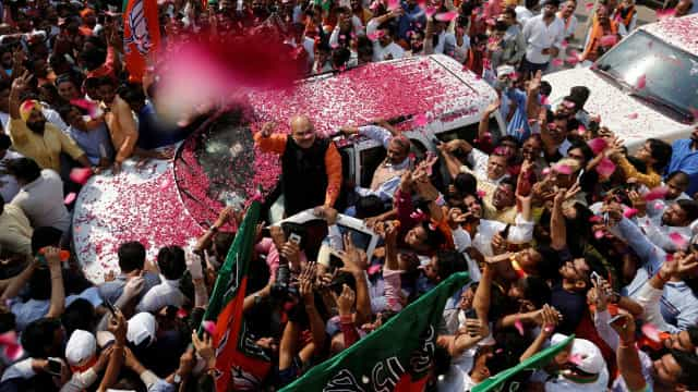 Índia. Nacionalistas hindus de Modi reivindicam vitória nas legislativas