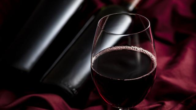 Lá fora 'brilhou' e foi premiado como o melhor vinho tinto português