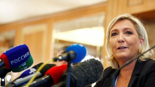 Tribunal volta a confirmar que Le Pen tem que devolver verba a Bruxelas